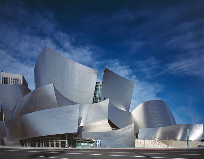 800px-Disney_Concert_Hall_by_Carol_Highsmith_edit2