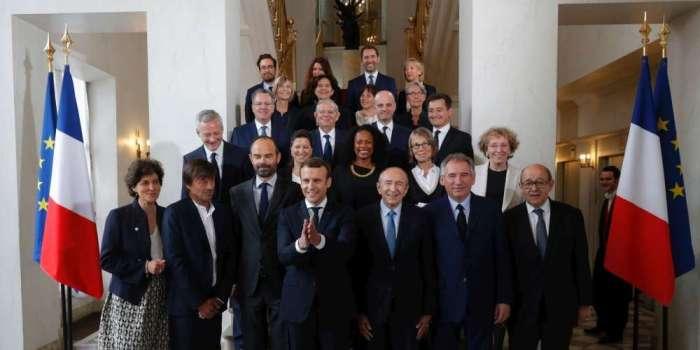 emmanuel-macron-et-ses-ministres
