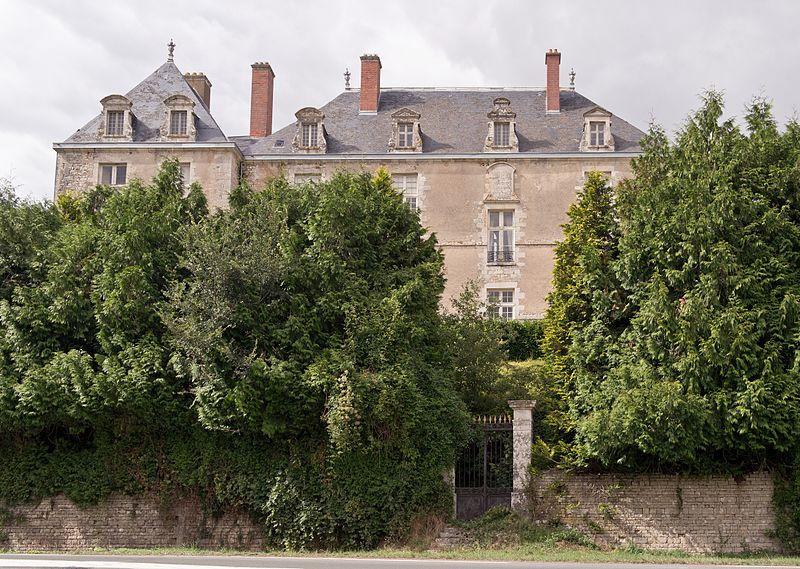 pa00105384-chateau-rochemaux